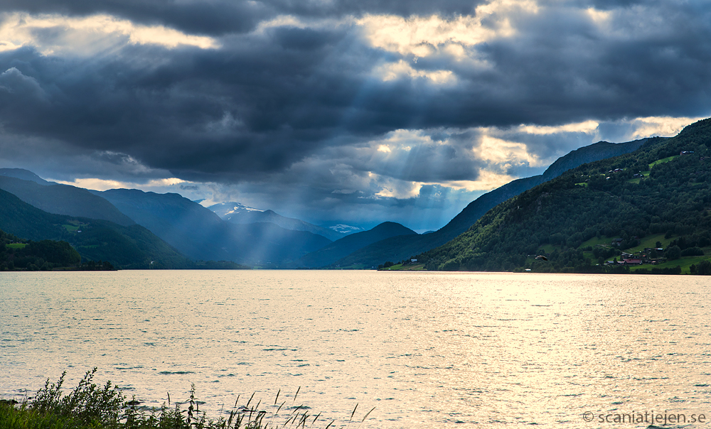 sunbeams through clouds norway