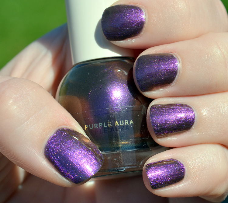hm beauty nailpolish nagellack purple aura3.png