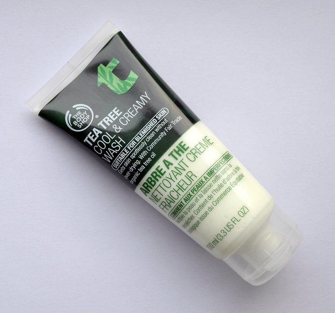 the body shop tea tree cool and creamy wash.png