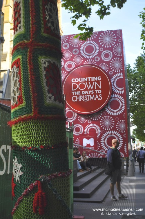 Countdown to Christmas in Melbourne Australia and Craftivism / Stickgraffiti
