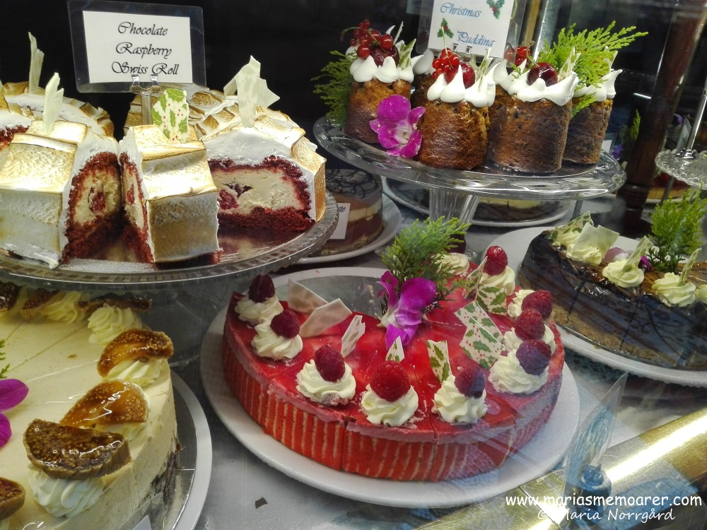 Hopetoun Tea Rooms, sweets and pastriesHopetoun Tea Rooms, sweets and pastries