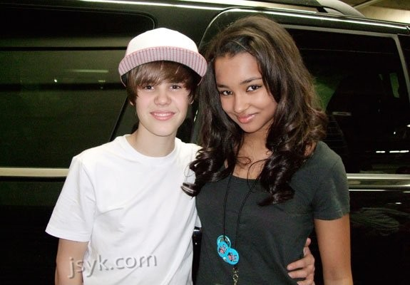 vet l  229 ten  quot Overboard quot  som han sjunger med Jessica  Here they areJustin Bieber And Jessica Jarrell Kissing
