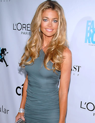 Denise Richards kön videormogna Granny porr Galleri