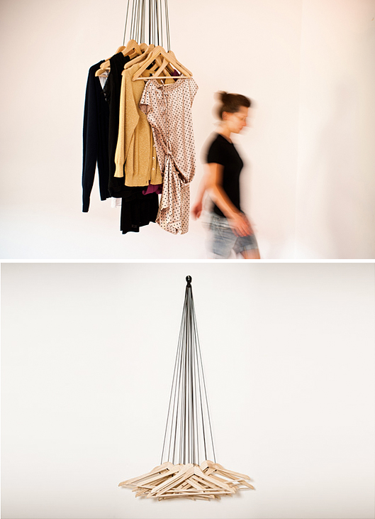 http://alicerosignoli.it/20-hangers-wardrobe/