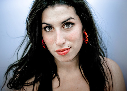 amy winehouse dead 2011