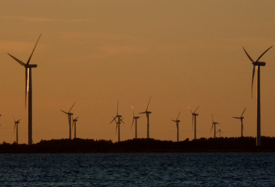 Nasudden windpark in sunset