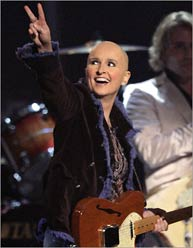 Melissa Etheridge rocks as breast cancer survivor.
